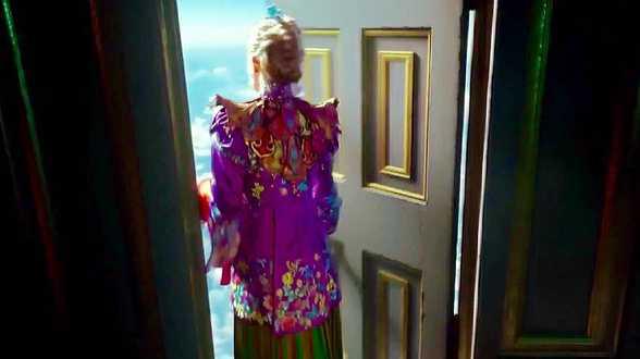 Alice de l'autre côté du miroir : la première vraie bande-annonce - Actu
