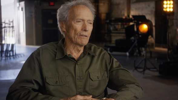 Clint Eastwood à nouveau père à 88 ans - Actu