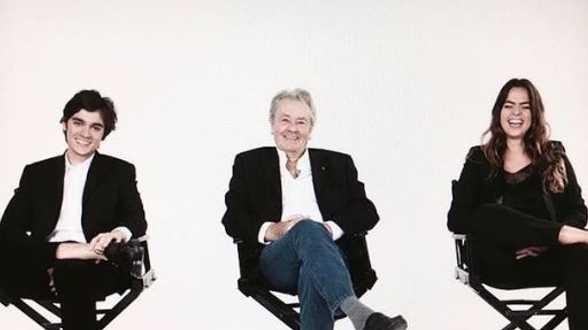 Un fils d'Alain Delon publie une photo rassurante de son père - Actu