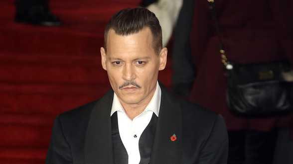 Récompensé à Deauville, Johnny Depp adresse un tendre message à sa famille - Actu