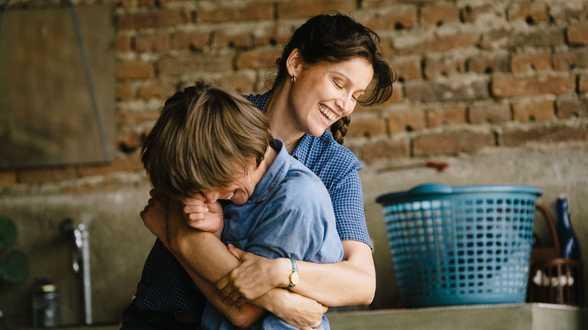 Le Milieu de l'horizon: l'émancipation de mère en fils - Actu