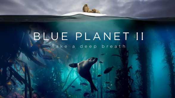La Reine Elizabeth II récompense Attenborough pour sa série Planète bleue - Actu