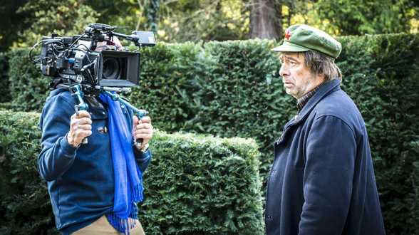 Sur le tournage de La Dernière Tentation des Belges de Jan Bucquoy - Actu