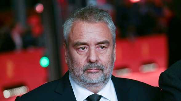Luc Besson condamné à 10.000 euros d'amende pour avoir licencié son assistante - Actu