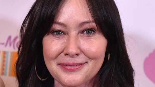 Shannen Doherty de Beverly Hills, 90210, souffre d'un cancer du sein à un stade avancé - Actu