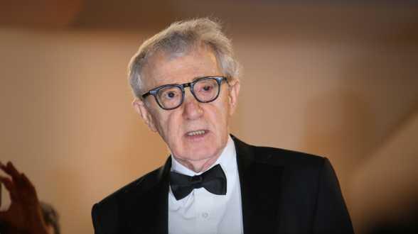Les mémoires de Woody Allen finalement publiés par un autre éditeur - Actu