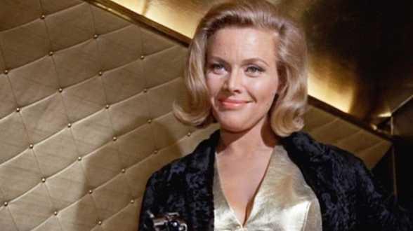 L'actrice Honor Blackman, iconique James Bond girl, est décédée - Actu