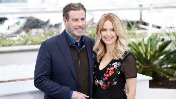 L'actrice Kelly Preston, épouse de John Travolta, meurt à 57 ans d'un cancer du sein - Actu