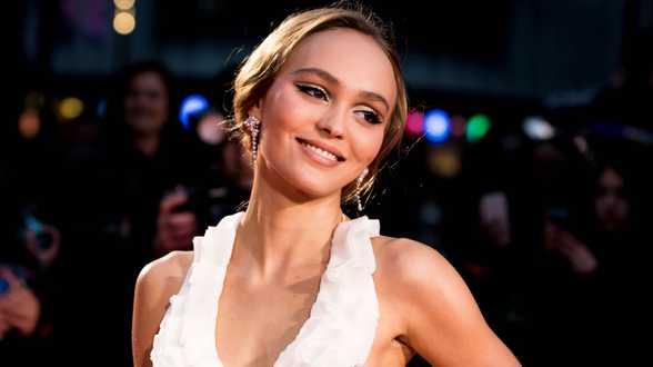 Lily-Rose Depp serait de nouveau en couple après sa rupture avec Timothée Chalamet - Actu