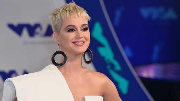 Katy Perry a donné naissance à son premier bébé - Actu