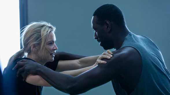 Virginie Efira et les scènes de sexe pas très chaudes avec Omar Sy - Actu
