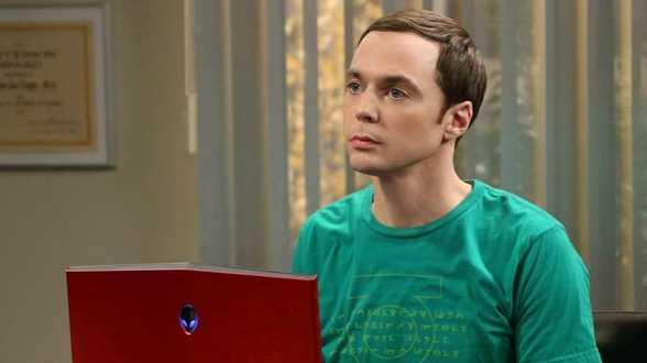 Jim Parsons, la star de la série Big Bang Theory, revient sur son expérience avec le coronavirus - Actu