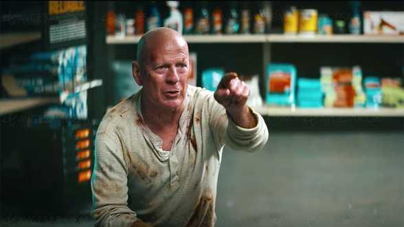 Bruce Willis se glisse à nouveau dans la peau de John McClane - Actu