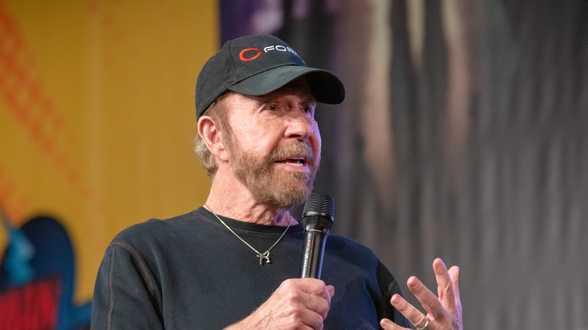 Non, Chuck Norris n'était pas dans l'assaut du Capitole - Actu