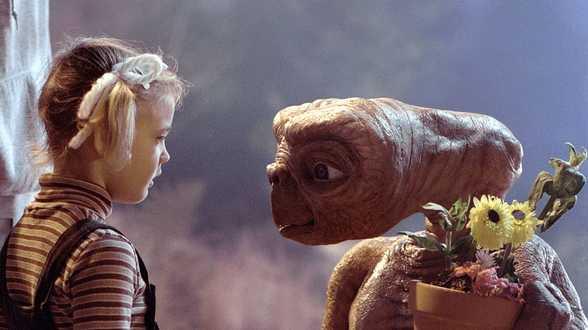 Une star de E.T. raconte sa descente aux enfers suite au succès du film - Actu