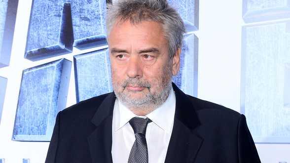 Luc Besson accusé de viol: la juge veut clore les investigations - Actu