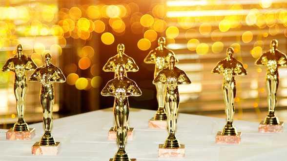 Anthony Hopkins reçoit l'Oscar du meilleur acteur pour The Father - Actu
