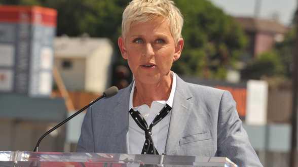 Ellen DeGeneres arrête son émission, en perte de vitesse après une polémique - Actu