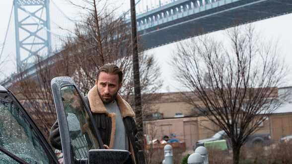 Matthias Schoenaerts est de retour sur grand écran et campe un mafieux dans un polar intense - Actu