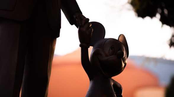 Disney & Misan Harriman lancent un casting pour la série de photos Mickey et ses amis: le pouvoir de l'amitié - Actu