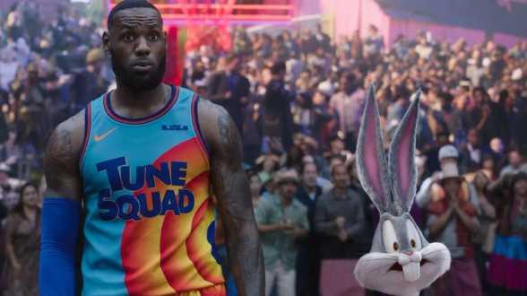 LeBron James en roi du box-office nord-américain avec le nouveau Space Jam - Actu