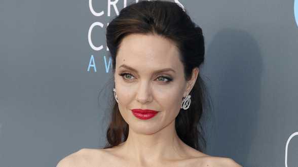 Angelina Jolie bat un record sur Instagram - Actu