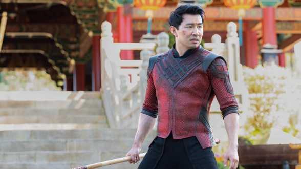 Le super-héros Shang-Chi indétrônable au sommet du box-office nord-américain - Actu