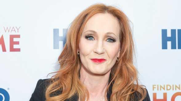 J.K. Rowling publie un nouveau roman jeunesse inspiré par son fils - Actu