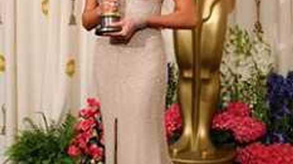 Charlize Theron se fait diriger par son fiancé - Actu