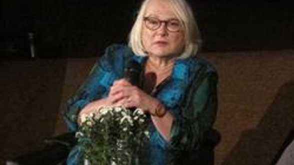 FIFF - Josiane Balasko, coup de coeur du FIFF, retrace sa carrière d'actrice et de réalisatrice - Actu