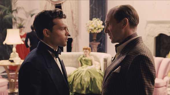 Hail, Caesar !: 'Hollywood was vroeger een prachtige fabriek.'... dixit de gebroeders Coen. - Dossier