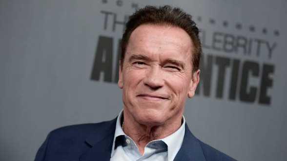 Amerikaanse acteur Arnold Schwarzenegger ondergaat met spoed openhartoperatie - Actueel