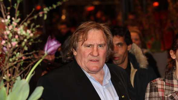 Onderzoek naar verkrachting door Franse filmster Gérard Depardieu geklasseerd - Actueel