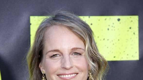 Oscarwinnares Helen Hunt belandt in ziekenhuis na auto-ongeval - Actueel