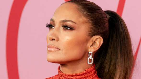 Jennifer Lopez getuigt over #MeToo-ervaring: Regisseur wou mijn borsten zien - Actueel