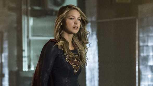 Supergirl-ster treedt naar buiten als slachtoffer partnergeweld - Biografie