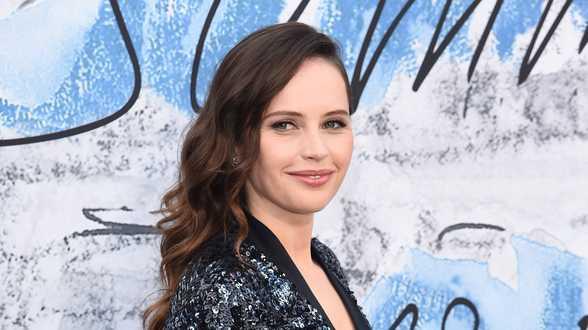 Actrice Felicity Jones verwacht eerste kind - Actueel