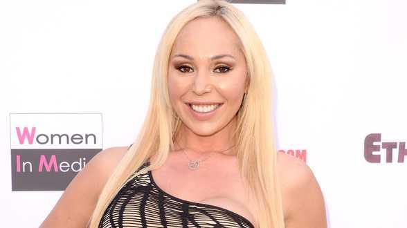 Mariah Carey aangeklaagd door kinderoppas - Actueel