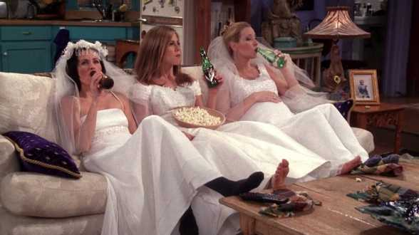 Jennifer Aniston en Lisa Kudrow halen 'Friends'-herinneringen op in videogesprek - Actueel