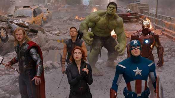 Cast van 'Avengers' houdt benefiet voor Joe Biden - Actueel