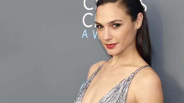Gal Gadot heeft hoofdrol in vrouwelijke tegenhanger James Bond te pakken - Actueel