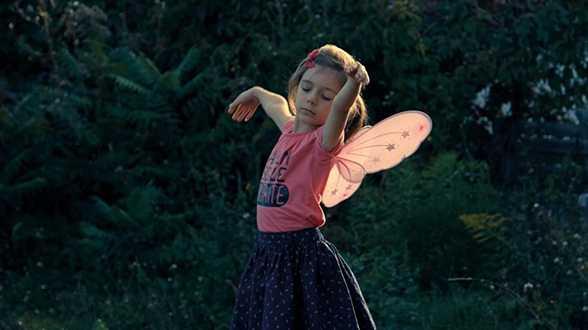 Toekomstige filmmaker of filmjournalist van de maand: Jef Vyncke schrijft over 'Petite fille' - Actueel