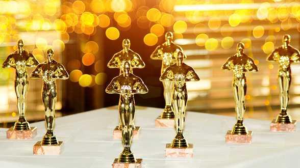 Daniel Kaluuya wint Oscar voor beste mannelijke bijrol - Actueel