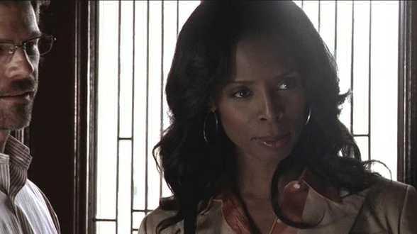 Vanavond op TV: Glass House: The Good Mother - Actueel