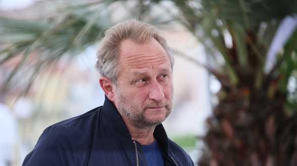 Acteur Benoît Poelvoorde dient klacht in voor onrechtmatig gebruik naam en beeltenis - Actueel