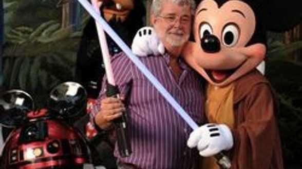 Lucas en Mickey op een boot... - Actueel