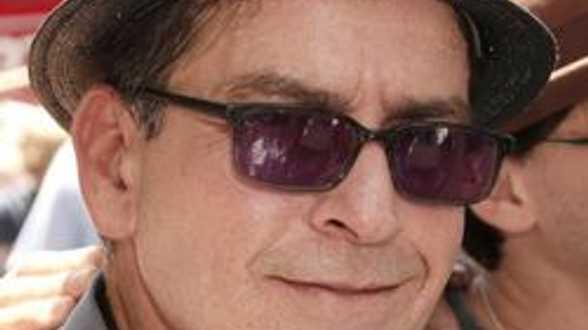 Carlos Estevez.... in 'Machete Kills', een ster kan een andere verbergen. - Actueel