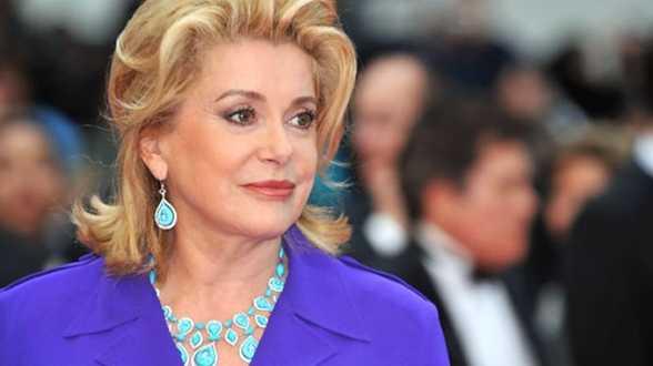 De European Film Academy huldigt Catherine Deneuve - Actueel