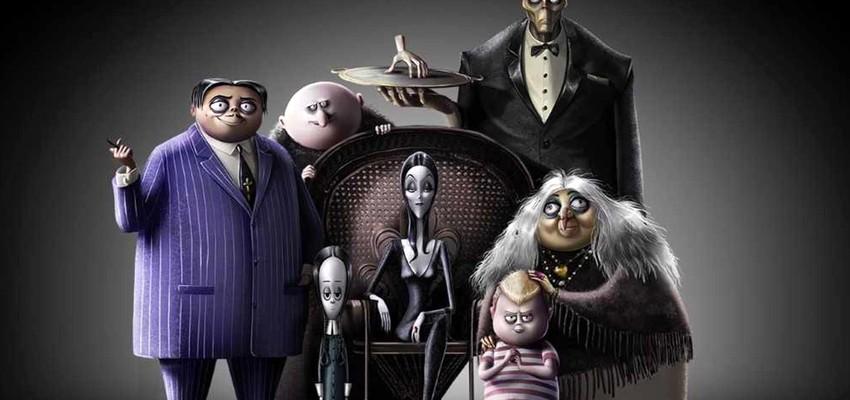 La famille Addams : une famille monstrueusement drôle