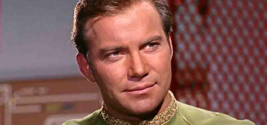 Jeff, téléporte-moi! Le capitaine de Star Trek embarque dans une fusée de Bezos